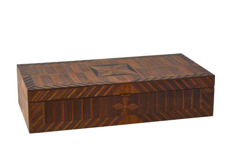 Alexa hampton maitland smith rectangular marquetry box a 800 xxx q85